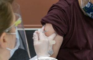 COVID-19 | Stort intresse för att vaccinera sig – vaccintillgång avgör takten