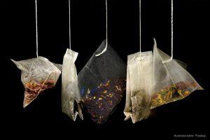 Bara hälften av företagen som säljer ekologiska nötter och ekologiskt te får rätt kontroll