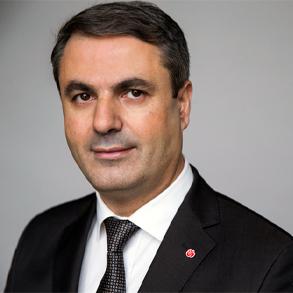 Näringsministern ger uppdrag för att förenkla för företagare