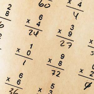 SD: Bättre belysning av arbetet med elever som är högpresterande i matematik