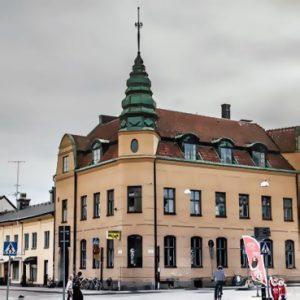 Ungdomens Hus flyttar till f.d. Karl-Johansgården