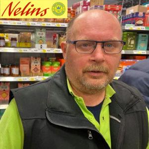 COVID-19 | Nelins håller extraöppet för personer i riskgruppen