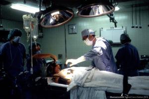 MEDICIN | Onkoplastik gör att alltfler bröstcancerpatienter slipper operera bort bröstet
