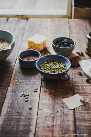 KOST | Uppdaterade råd om linfrön, aprikoskärnor, bittermandel och kassava