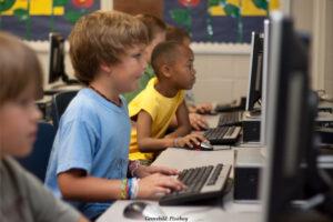 FÖRÄLDER | Föräldraguider till barnens internet ger korta svar på svåra frågor